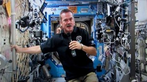 hi-chris-hadfield-03815928